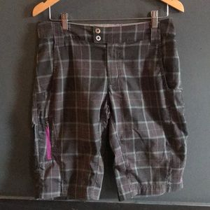 Columbia Plaid Hiking Swim Knee Shorts
